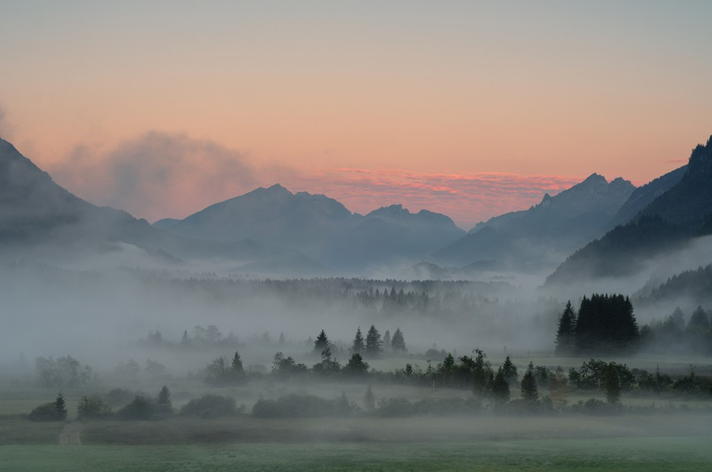 Nebelstimmung im Graswangtal